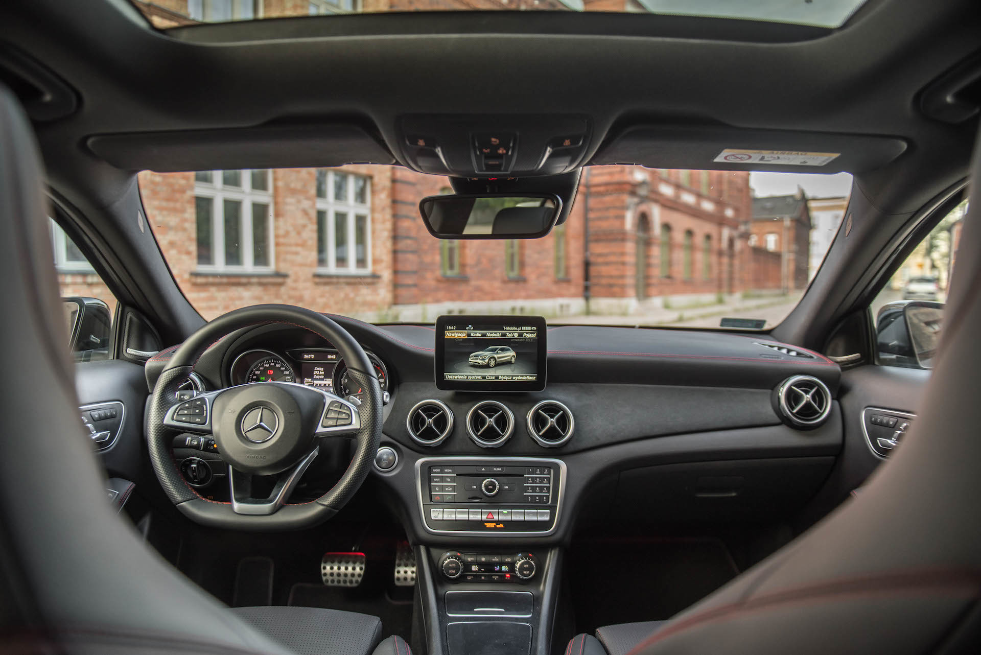 Mercedes_GLA_6