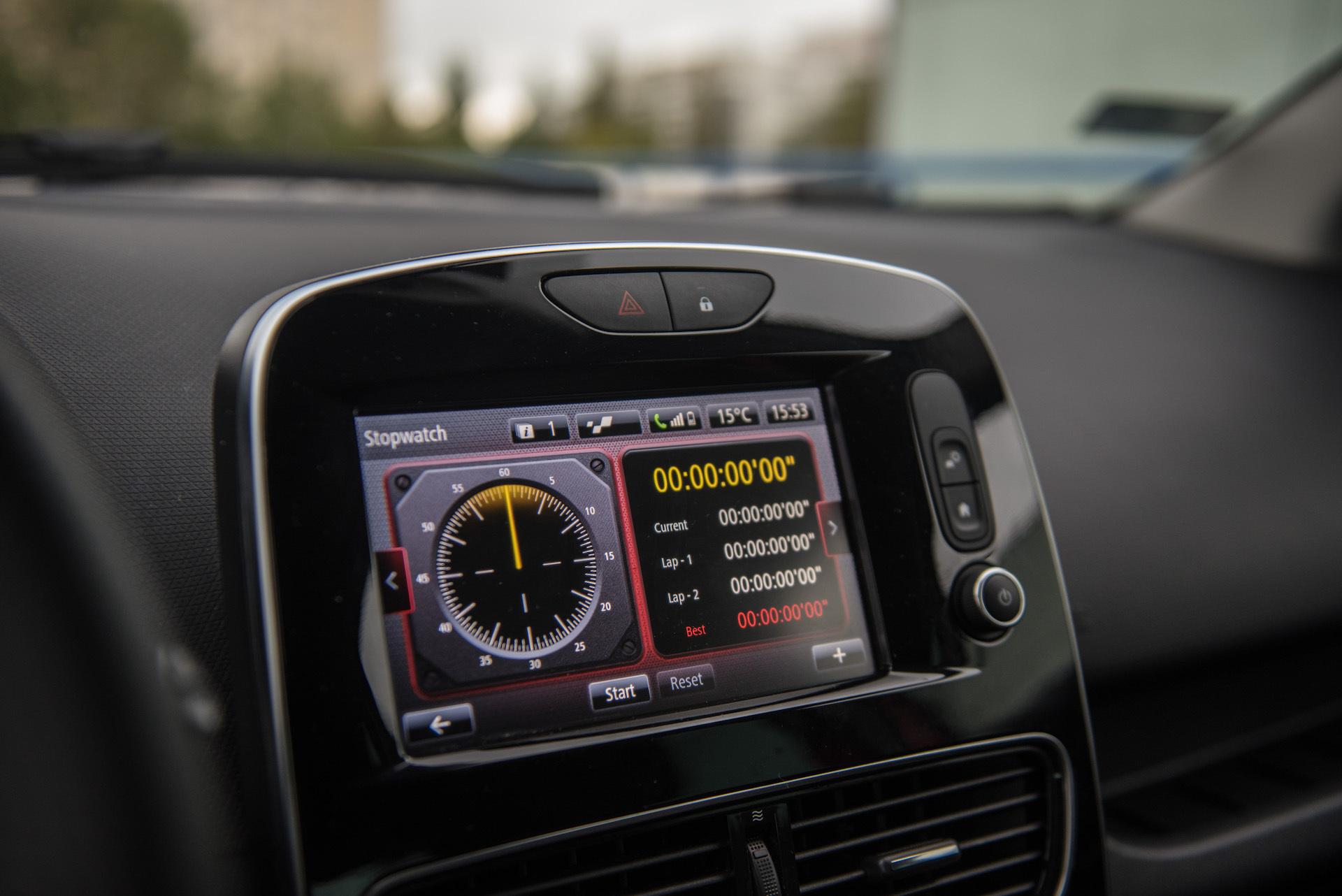 Renault_Clio_RS_10