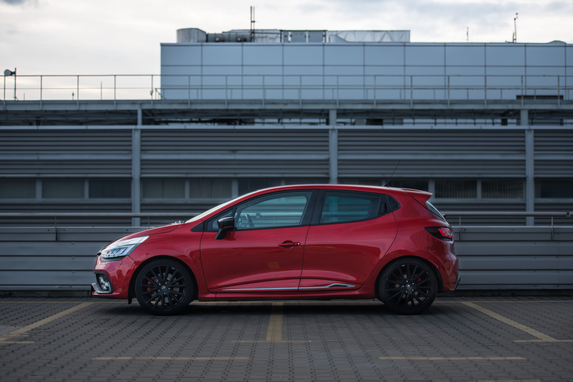 Renault_Clio_RS_15