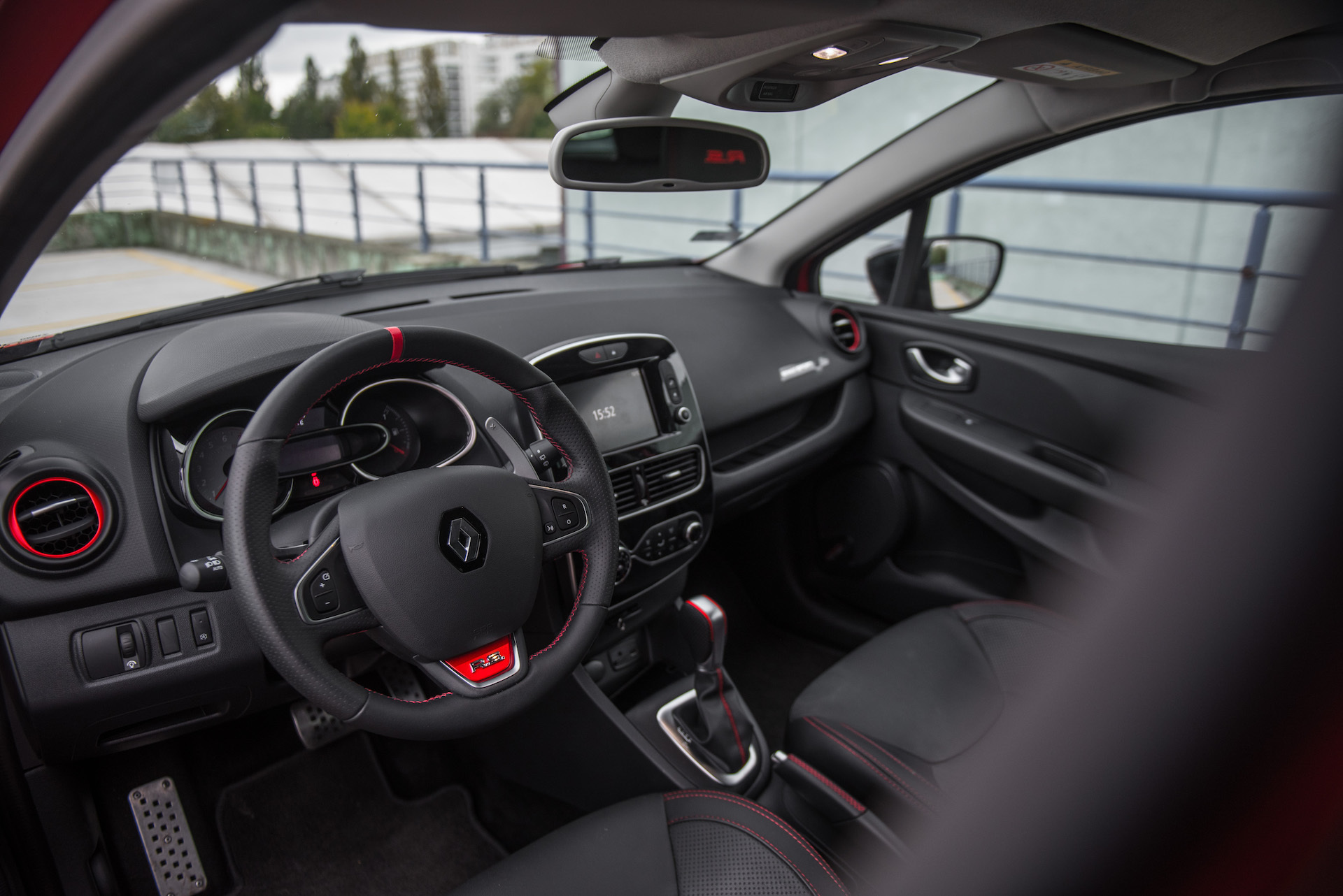 Renault_Clio_RS_8