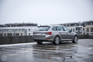 Skoda Superb test1